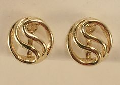 Gold Colored All Metal Small Round Clip On Earrings w/ Swirl Pattern Very Sweet