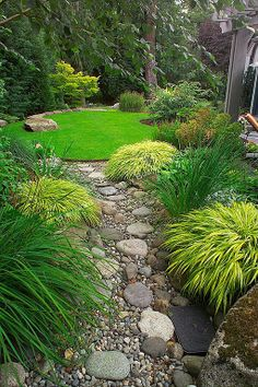 Traditional Landscape/Yard - Found on Zillow Digs. What do you think?