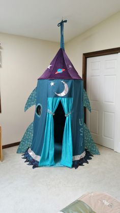 Space Rocket Playrooms Gift for kids Outer space Childs Childrens Play Tents, Indoor Playroom, Outer Space Decorations, Rockets For Kids, Purple Fabric, Kids Room Design, Creative Play, Room Themes, Kid Beds