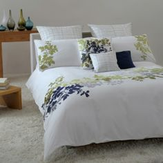 Dancing Vines Bedding Collection