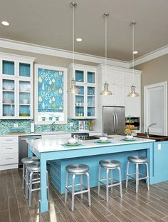 House of Turquoise: Kitchen, photographed by Greg Riegler. Designed by ? Love the backsplash, glass front cabinets, flooring and that AMAZING island! House Of Turquoise, Turquoise Kitchen, Aqua Kitchen, Kitchen White, Kitchen And Bath, New Kitchen, Kitchen Decor, Kitchen Ideas, Kitchen Designs