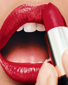 What is your Avon red? There is a lot to choose from. Find out www.youravon.com/msdeedee