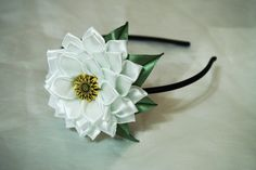 Flower Head Piece Flower headband Woven por BroochBouquetDK en Etsy