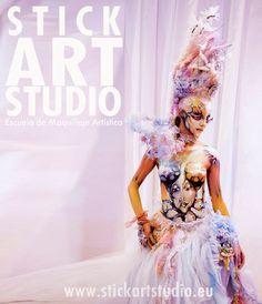 Escuela de maquillaje artístico Stick Art Studio en Barcelona.  Maquillaje realizado por Julio Quijano, maestro de Stick Art Studio.