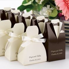 We can fill them with our favorite small candies! - Bride and Groom Wedding Favor Boxes