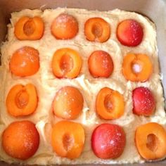 Tray Bake Recipes, Jam Recipes, Blackcurrant Jam Recipe, Banana And Nutella Cake, Fruit Preserves, Summer Fruit, Tray Bakes, A Food, Sweet Treats