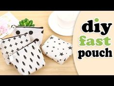 Hope you like this diy pouch tutorial and now you can make it from scratch by own hands. ✂ Materials you need to make this DIY zipper purse bag: - the fabric. Diy Makeup Bag Tutorial, Diy Pouch Tutorial, Makeup Bag Tutorials, Cosmetic Bag Tutorial, Sewing Tutorials, Tutorial Sewing, Diy Pouch Bag, Diy Pouch No Zipper, Diy Purse