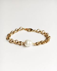 Pearl and Gold Bangle Bracelet⟡ all items are designed and handcrafted in our studio ⟡Hand wired pearl and gold bangle bracelet. Please note that each bangle is sold separately. These bangles are timeless, elegant, and a perfect addition to your wardrobe. This bangle can be worn alone or in an elegant stack. #pearl #chain #chainbracelet #gold #goldbracelet #jewelry Fall Jewelry, Trendy Jewelry, Jewelry Gifts, Chain Jewelry, Jewellery, Gold Bangle Bracelet, Beaded Bracelets, Bangles, Real Pearls