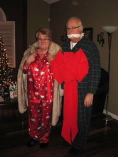 Creative Living and Learning: Annual Christmas Vacation Party Mr and Mrs Shirley Christmas Vacation Costumes, Griswold Christmas Vacation, Tacky Christmas Party, Xmas Party, Cozy Christmas, Christmas Ideas, Lampoons Christmas, Ugly Sweater Party, Yule