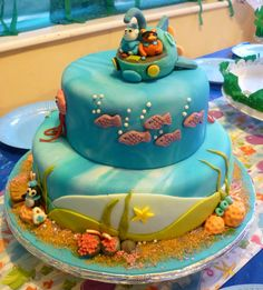 I like the water effect on this icing. Fish Cake Birthday, 10th Birthday, Birthday Ideas, Birthday Parties, Aquarium Cake, Octonauts Party, Sea Cakes, Character Cakes, Cake Makers