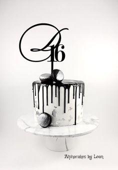 Trendy Birthday Cupcakes For Men 20 Ideas 30th Birthday Cakes For Men, White Birthday Cakes, New Birthday Cake, Birthday Cupcakes, Men Birthday, 30th Cake, Birthday Ideas, Birthday Design, Cake Design For Men