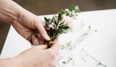 DIY wedding on a budget that you and your guests will love! Start your happily ever after off on the right foot with these do-it-yourself ideas.
