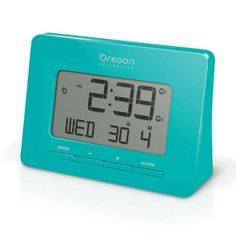Oregon Scientific Atomic Travel Clock Green - LTF0727114111002