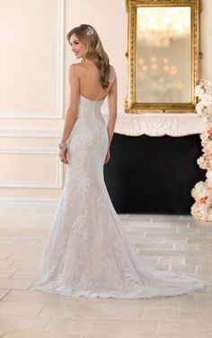Stella York Wedding Dresses - Search our photo gallery for pictures of wedding dresses by Stella York. Find the perfect dress with recent Stella York photos. Making A Wedding Dress, Classic Wedding Dress, Stella York, Plus Size Wedding Gowns, Wedding Dresses, Lace Wedding, Dream Wedding, Mermaid Wedding, Perfect Wedding