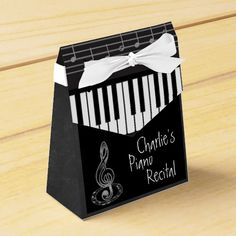 Piano Recital on Chalkboard Add Text Party Favor Box