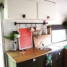 Mona Monza Caravan (@mona_monzacaravan) • Instagram photos and videos Caravan Makeover, Retro Caravan, Easter Weekend, Van Life, Diy Home Decor, Photo And Video, Instagram, Videos, Photos
