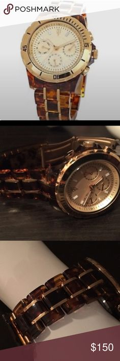 🌹 Randy Jackson Limited Edition Timepiece Genuine timepiece by American Idol Randy Jackson, comes with additional links. Pay asking price and I will replace with new battery, Missing original box. Randy Jackson Accessories Watches