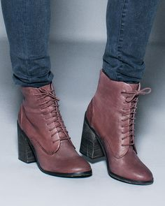 lace up mid heel boots