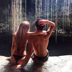 Tag someone you want to travel with this Summer☄ #CoupleGoals