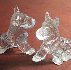 Scottish Terrier Figurines Vintage Scotty Dogs by flabbyrabbit