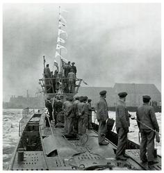 U-37 flying victory pennants