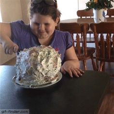 Balloon Cake Prank | Gif Finder – Find and Share funny animated gifs