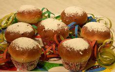 Gudrun's daily kitchen - ein österreichischer Foodblog: Ofenkrapfen Homemade Desserts, Homemade Food, Donuts, Gudrun, Hamburger, Bread, Beignets, Amazing, Simple