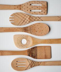 DIY Etched Wooden Spoons | http://diygiftworld.com/diy-etched-wooden-spoons-and-utensils/
