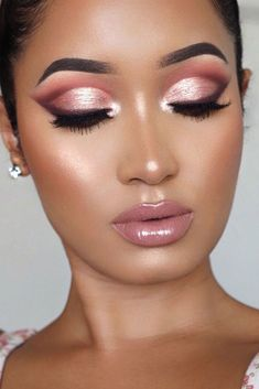 45 Top Rose Gold Makeup Ideas To Look Like A Goddess Schneiden Sie Falten Make-. - 45 Top Rose Gold Makeup Ideas To Look Like A Goddess Schneiden Sie Falten Make-up Mit Rosa Lipglos - Rose Gold Makeup Looks, Glam Makeup Look, Pink Makeup, Glitter Makeup, Gorgeous Makeup, Pretty Makeup, Awesome Makeup, Makeup Looks For Prom, Pink Wedding Makeup