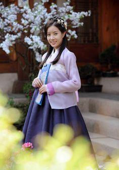New Tales of Gisaeng--Dan Sa Ran (Im Soo Hyang) in her Gisaeng outfit