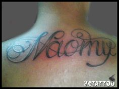 Naomy tattoo - lettering