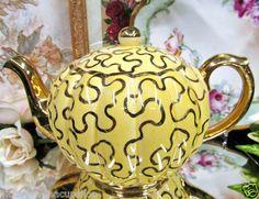 GIBSON ENGAND TEAPOT , GOLD AND YELLOW CHINTZ DESIGN TEA POT