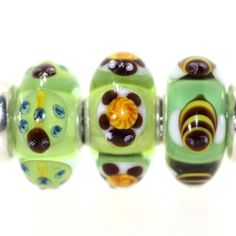 Trollbeads Gallery - Twins & Trios GREAT Critter Trio. We match the beads so you don't have to!  http://www.trollbeadsgallery.com/twins-trios-264/