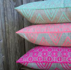 I've got sunshine, on a cloudy day. :) Neon pillows, GREAT!
