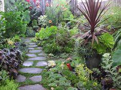 Foundation-flower-garden-design.jpg (1120×840)