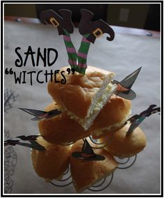 """Creative """"Try"""" als: Halloween Food Ideas 2011 - Fall-o-ween - Baby Shower Foods Halloween Food For Party, Halloween Birthday, Couple Halloween Costumes, Cute Halloween, Holidays Halloween, Halloween Themes, Halloween Havoc, 90s Costume, Zombie Costumes"""
