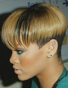 26 Excellent Short Bob Hairstyles For Black Women - CreativeFan Short Bob Hairstyles, Twist Hairstyles, Black Women Hairstyles, Textured Hairstyles, Shaved Hairstyles, Hairstyles 2016, 1940s Hairstyles, Bob Haircuts, Latest Hairstyles