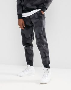 00309e5853d0 Get this Jordan s joggers now! Click for more details. Worldwide shipping. Nike  Jordan