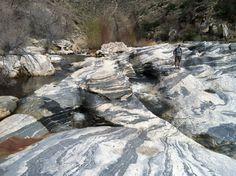 sabino canyon rocks