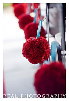Google Image Result for http://yourbeautifulexpressions.com/images/Red/004%2520Red%2520and%2520Teal%2520Wedding.jpg