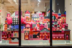 PSFK's annual survey of design-centric retail windows includes Louis Vuitton, Barneys and littleBits, and features anthropomorphic furniture, live ice sculpting, and a crushed car