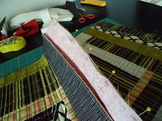 The Quilting Edge: Tutorial/QAYG # 4/Joining the Blocks