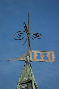 1881 weathervane - same both directions