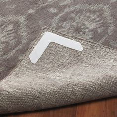 Nevercurl 4 Piece Anti Curl Rug Corners With Gripper White In 2018