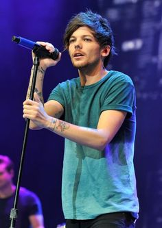 Louis performing at the Triple Ho Show in San Jose, California 02.12.15
