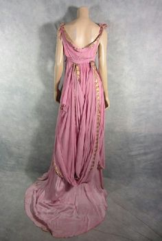 roman gown back