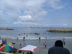 fotografía de Johnny Chunga @johnnychunga Ecuador #fotografia #johnnychunga #viajes Salinas Ecuador, Beach, Water, Outdoor, Destiny, Viajes, Gripe Water, Outdoors, The Beach