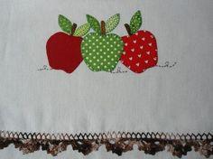 flores y frutas patchwork - Google Search Sewing Appliques, Applique Patterns, Applique Designs, Embroidery Designs, Baby Embroidery, Machine Embroidery, Felt Christmas Decorations, Linens And Lace, Patchwork Bags