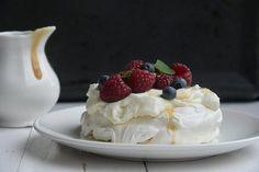 Bezowe chmury i słony karmel (bez jajek i mleka)