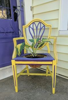 How An Old Chair Is Going To Make Your Front Steps So Much Prettier